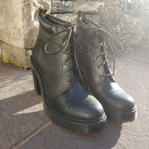 Dr Marten Averil black heeled boots